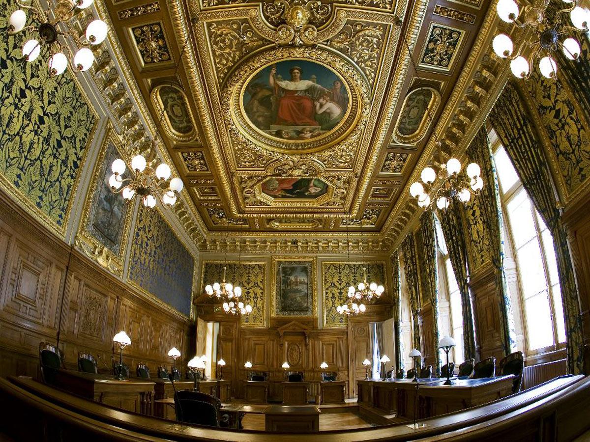 palais-de-justice-Paris-cou